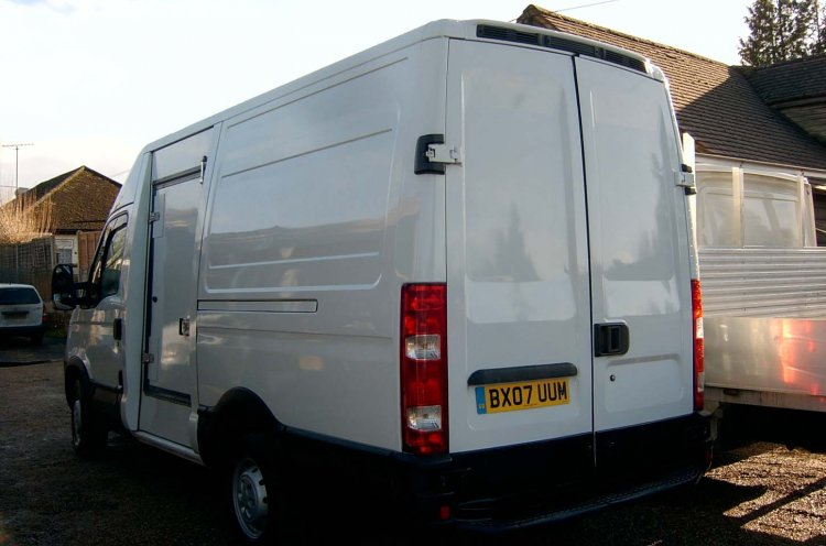 IVECO Daily 35S12 MWB Refrigerated Chiller Freezer - NO VAT - Click Image to Close